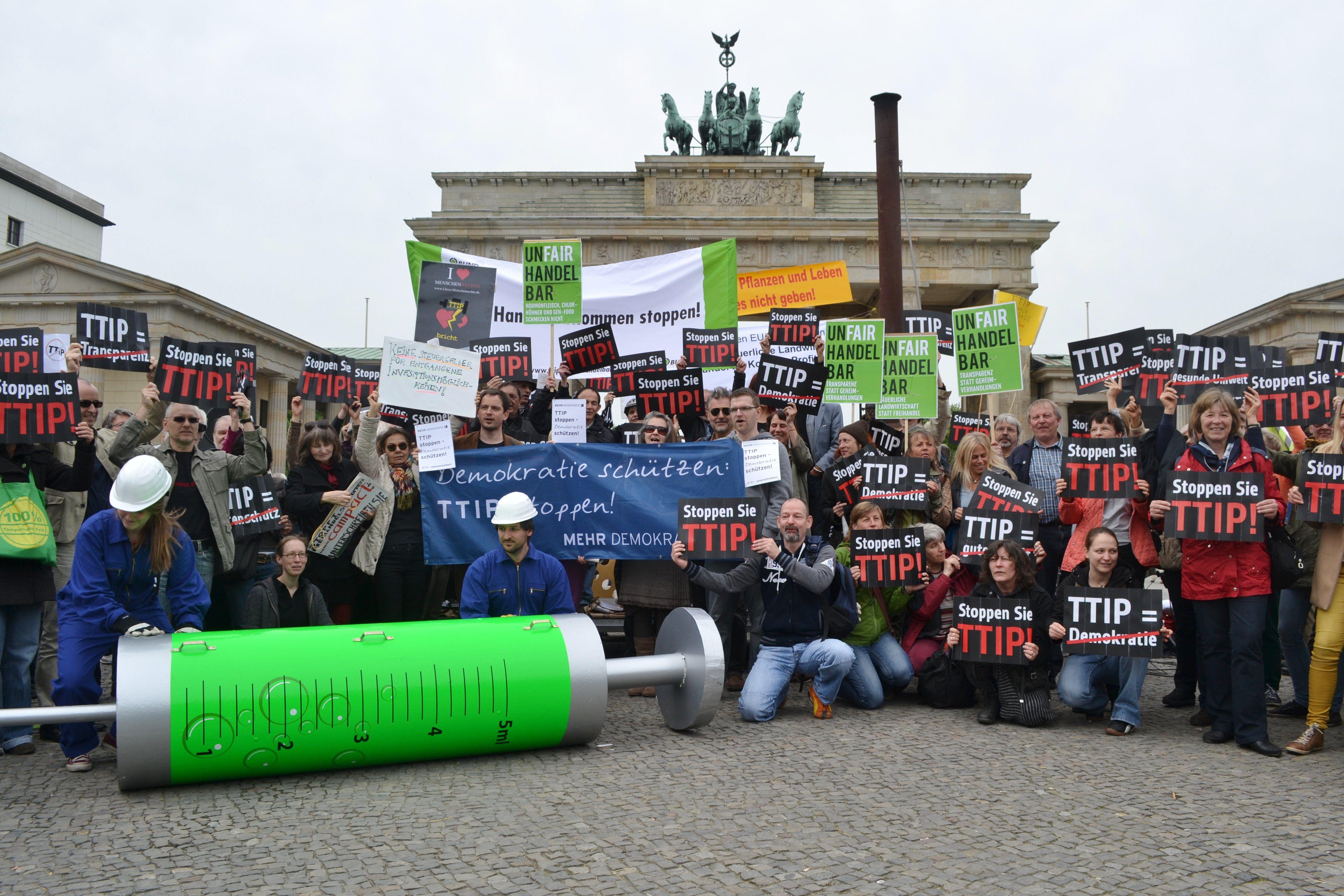 2014-05-06_TTIP-Protest_Uwe_Hiksch06