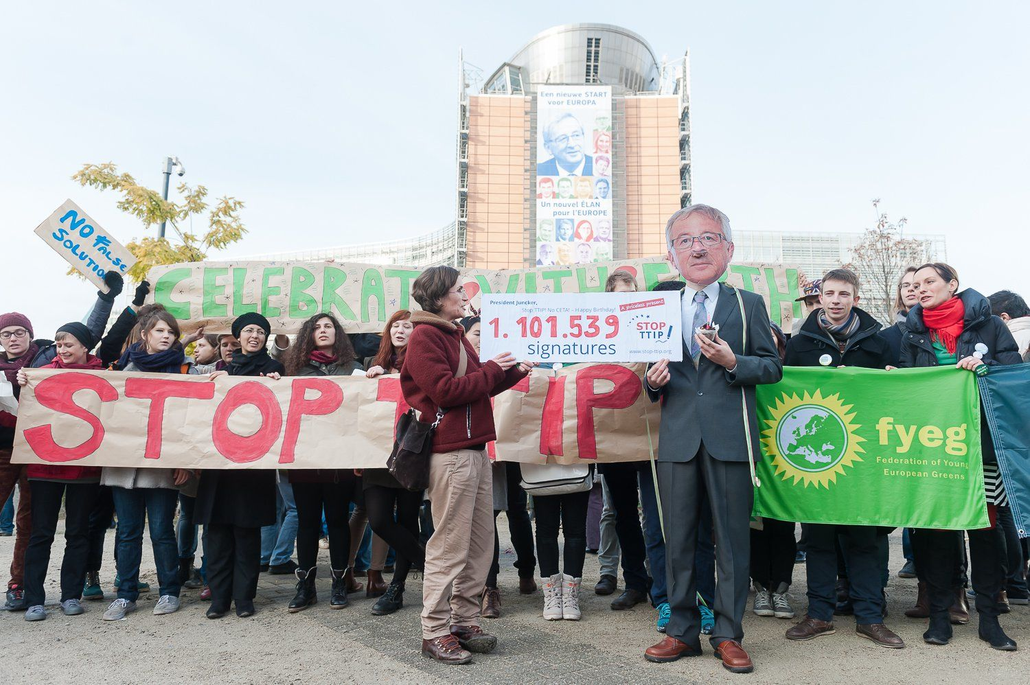 Stop TTIP - Aktion in Brüssel