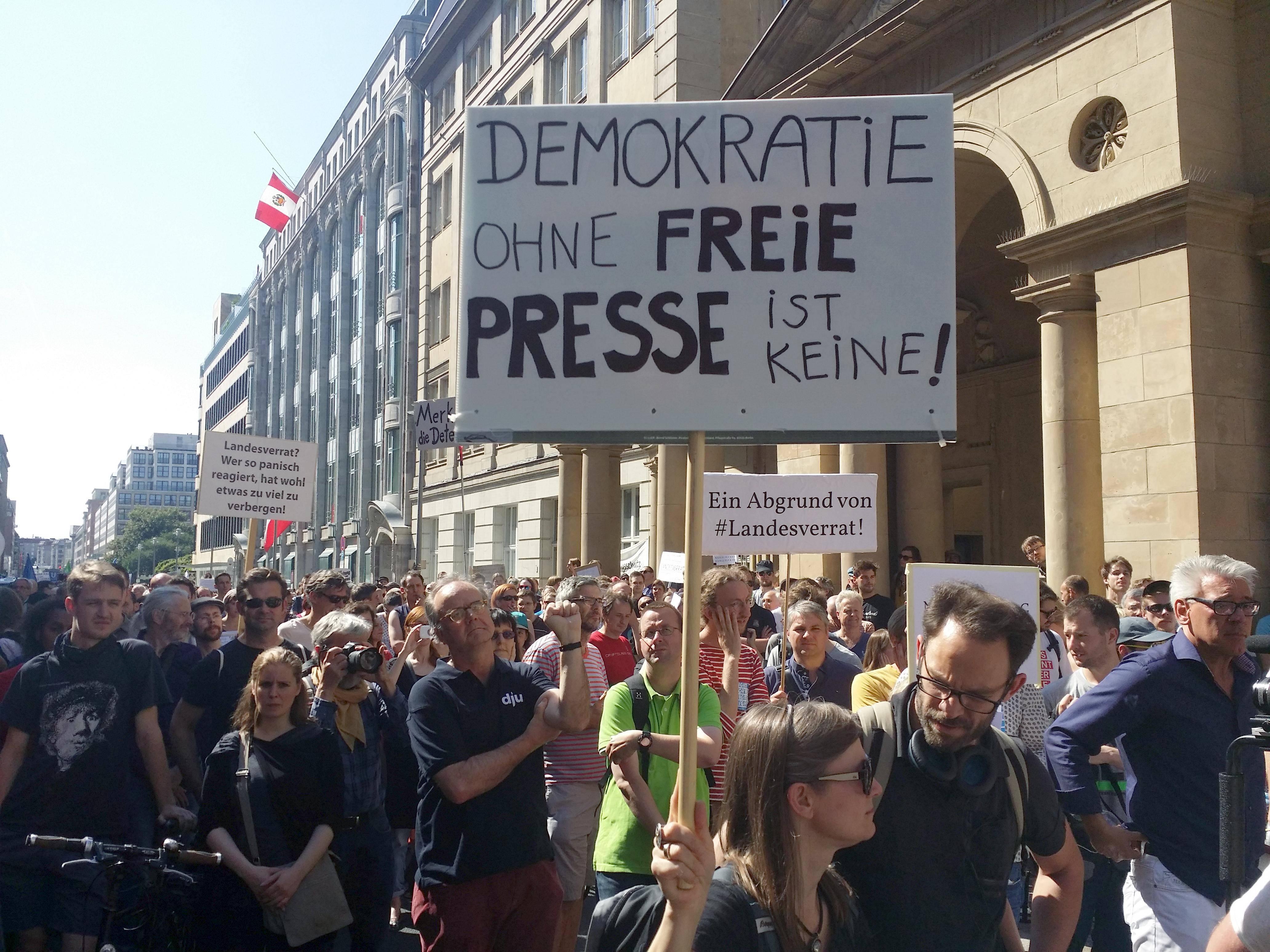 Demo für Grundrechte und Pressefreiheit 01